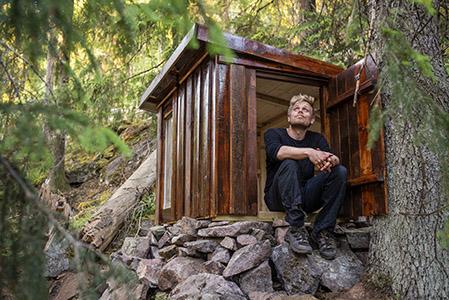 Forfatter med egen hytte